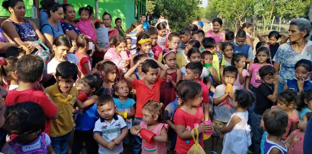 Entrega de Alimentos, León, Nicaragua