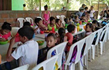 Entrega de Alimentos en Léon Nicaragua