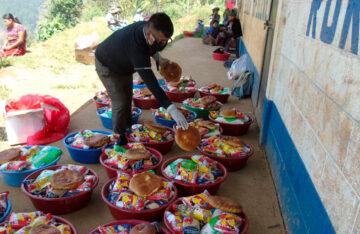 Entrega de Alimentos en Quiche, Guatemala